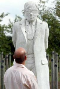 monumento-tiro-al-alba